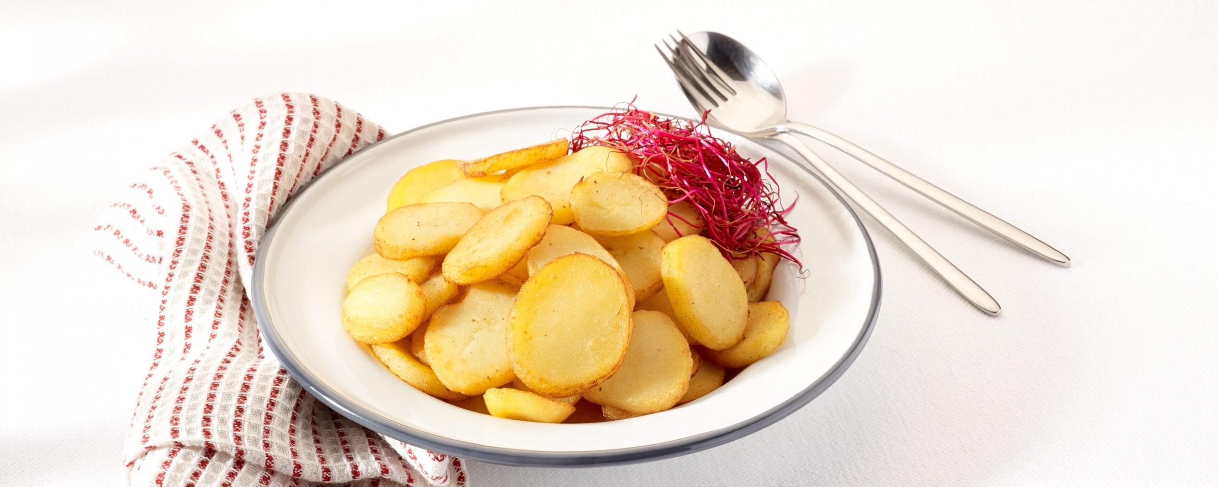 Pommes de terre en lamelles remo frit - Couper des pommes en lamelles ...